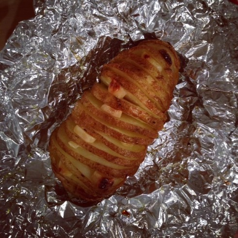 Grilled Garlicky Hasselback Potatoes