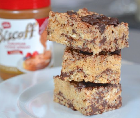 Biscoff Chocolate Chip Rice Krispie Treats