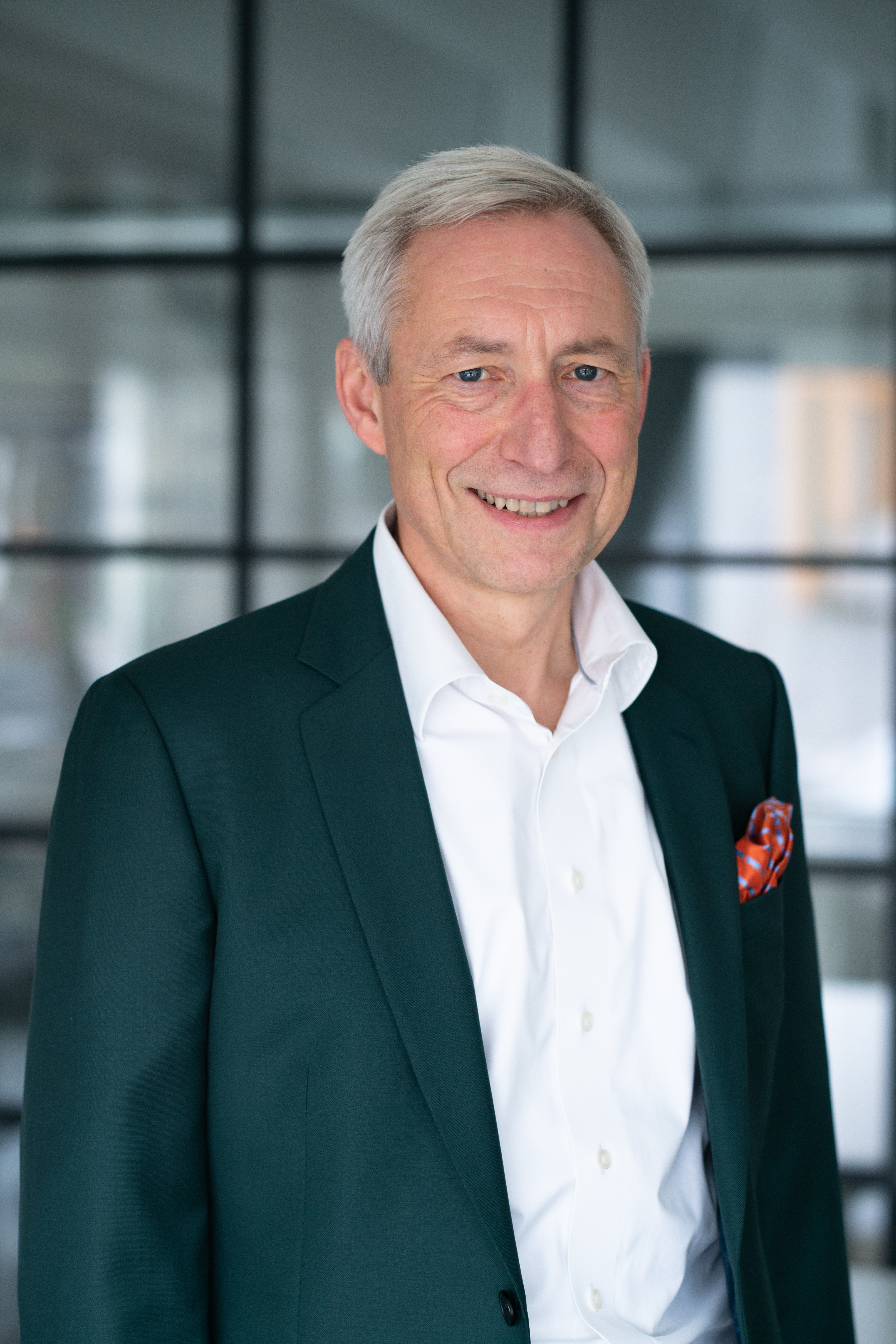 Paul Hansen, Service Delivery Director