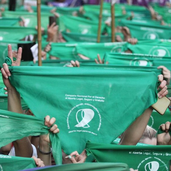 Media Sanción para el aborto legal, seguro y gratuito