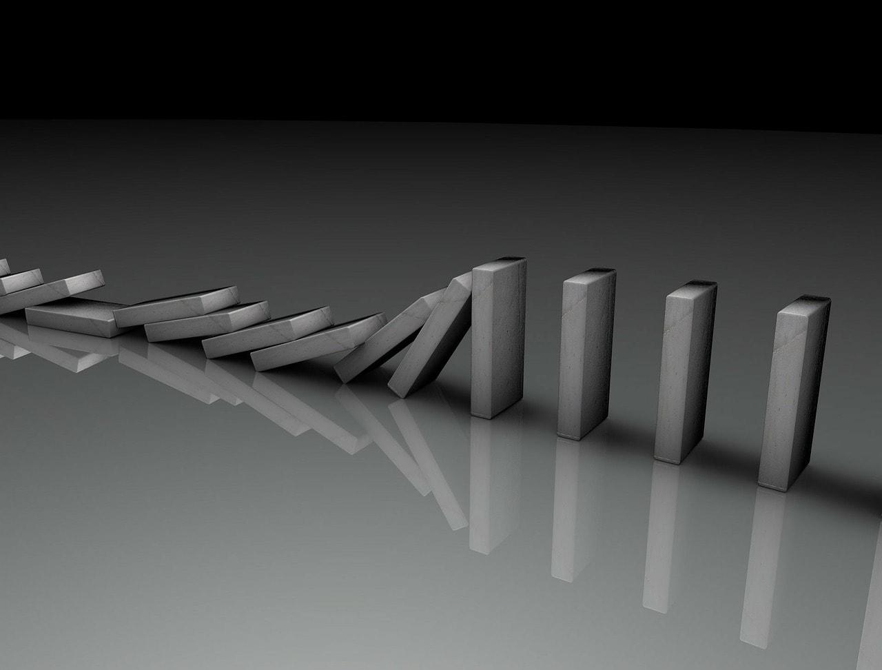 Domino - Domino effect