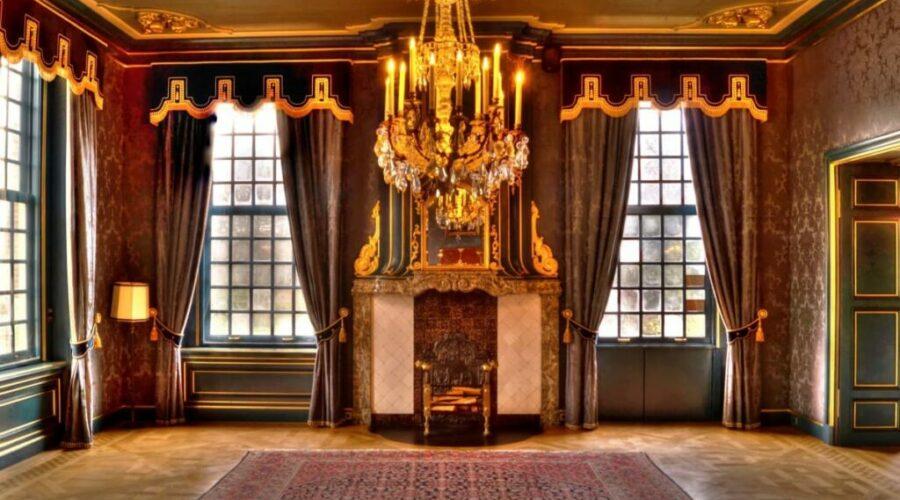 antique_room_chandelier_curtains_victorian_vintage_elegant_indoor-726846.jpgd_-1024x681