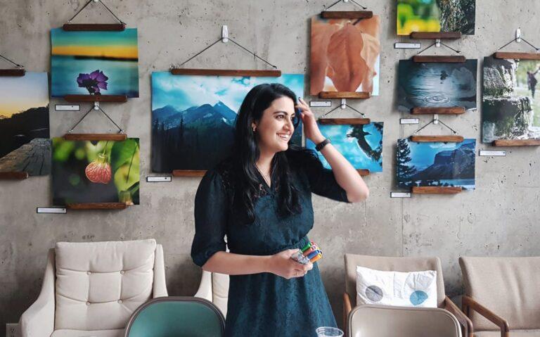 Ammara Cokar Teaching Art