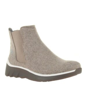 OTBT wilderness boot taupe