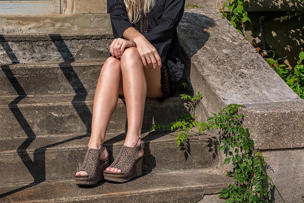 otbt jaunt wedge sandal