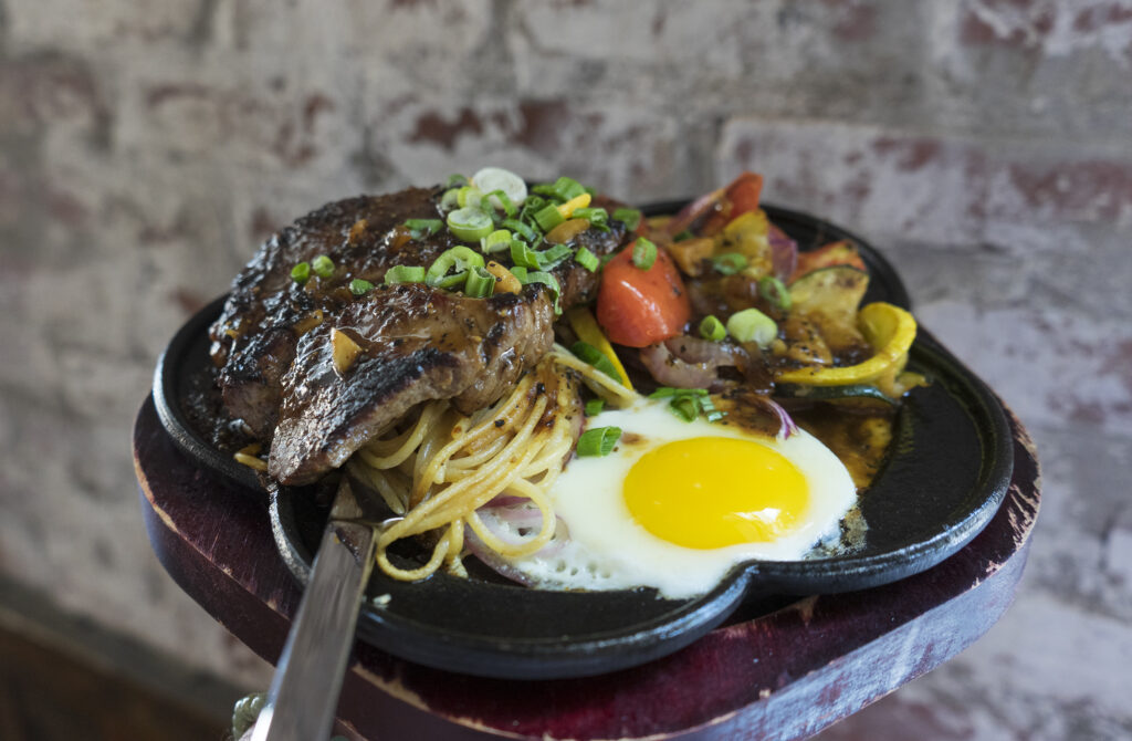 Taiwan steak and noodles