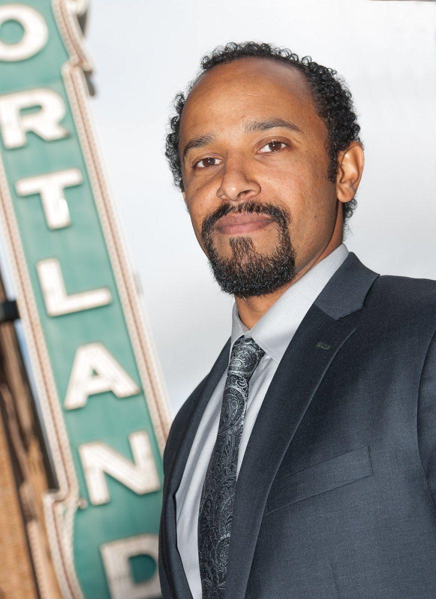 Jonathan Blasher, Oregon Executive MBA, OEMBA, Alumni Photographs, Portland, OR, 10-24-2012