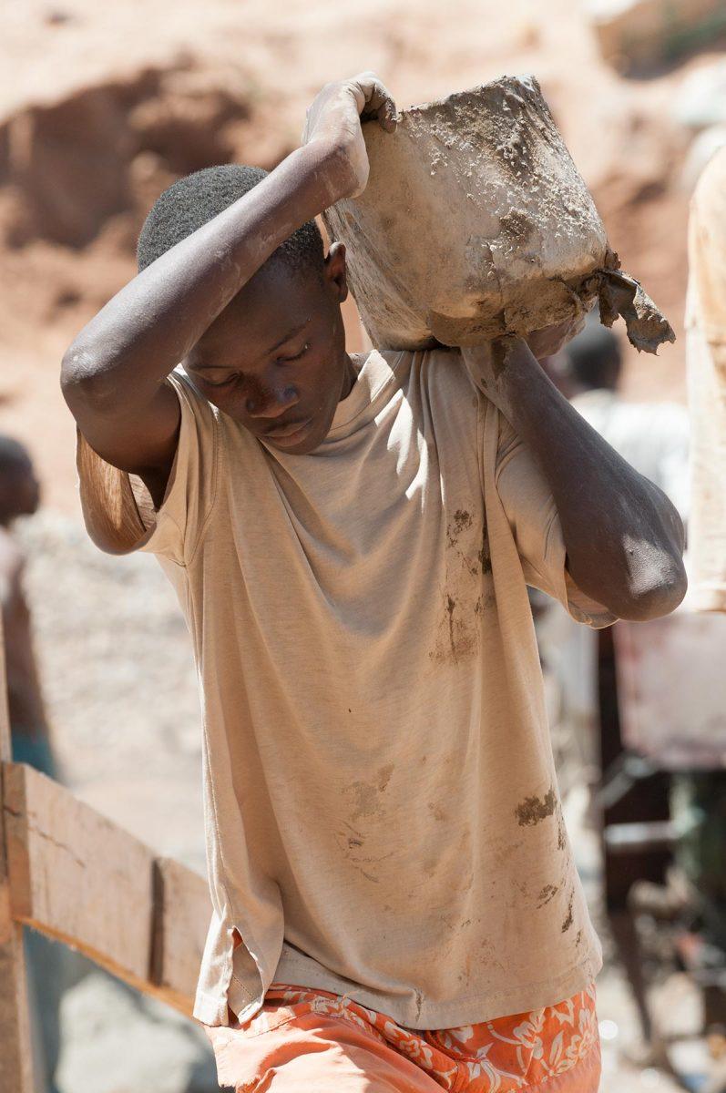 05_Rwanda_School_Building_Editorial_Photography