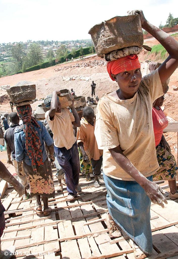 portland oregon editorial photographer - rwanda construction laborer