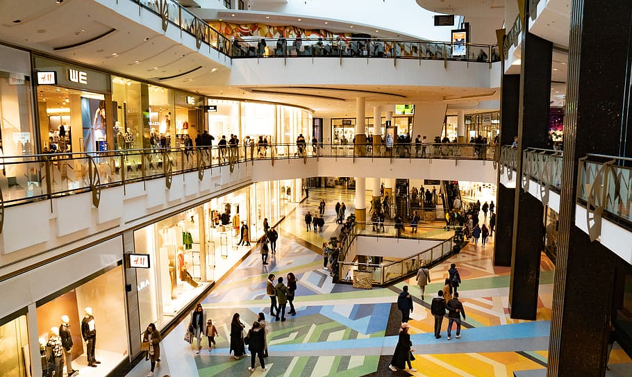 Cramer: Here's why malls in America might not be dead after all