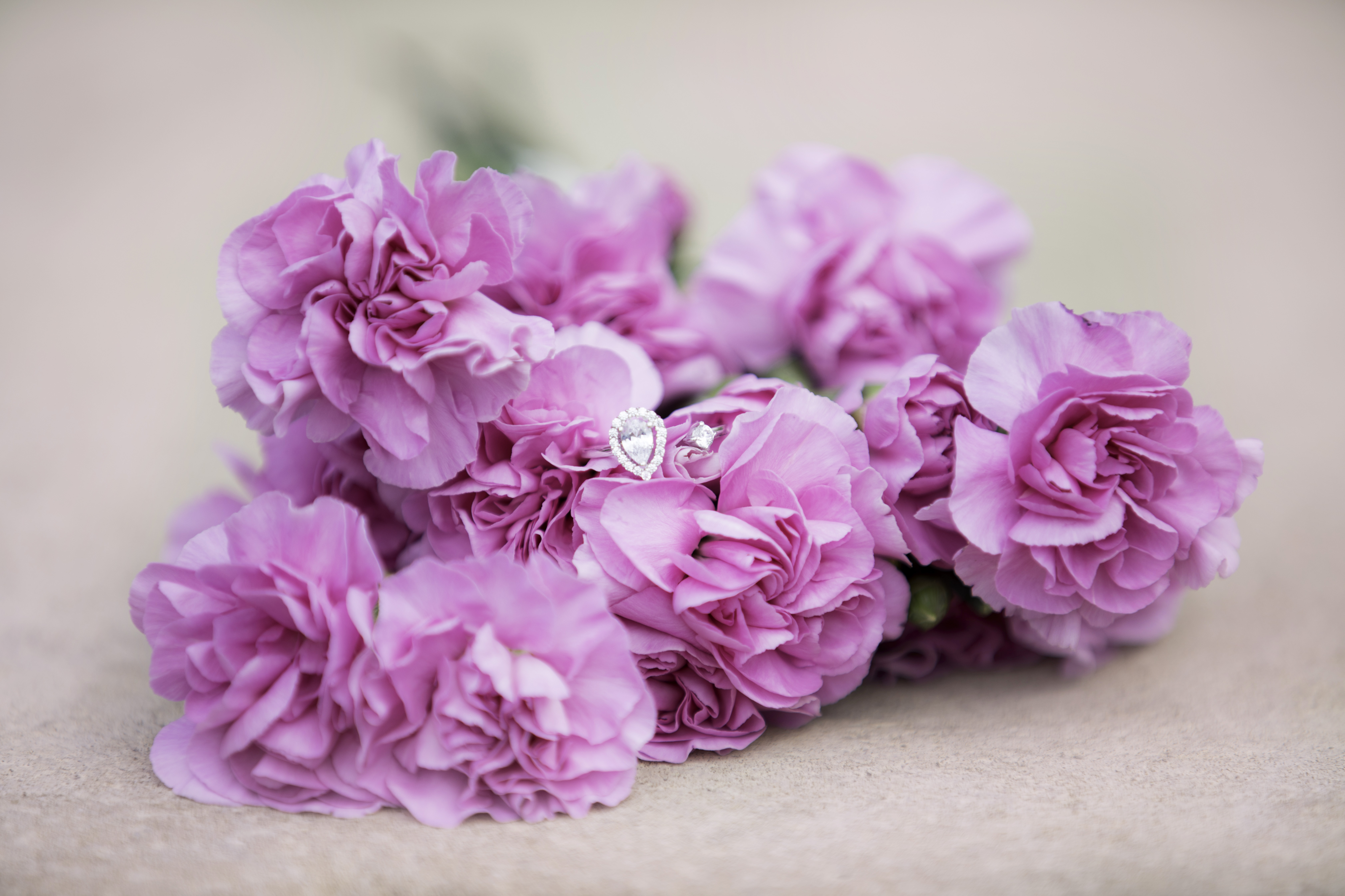 fascinating diamonds, what is fascinating about diamonds, engagement diamond ring,