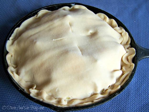upside down apple pie 085