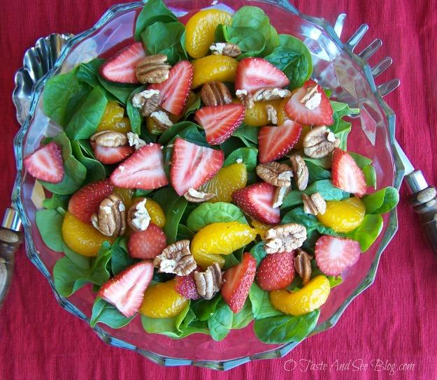 strawberry spinach salad 046