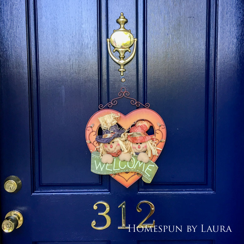 Front door paint and decor | Homespun by Laura
