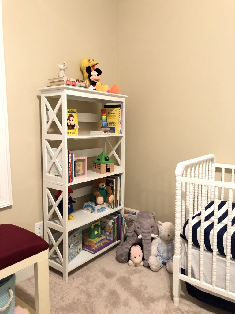 Vintage Toy Neutral nursery - the reveal - Fall 2018 One Room Challenge - using old toys and books from parents' childhoods to decorate baby bedroom