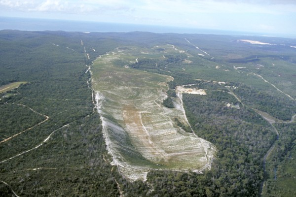 Bayside Mine Crater 1998, Airport - far left