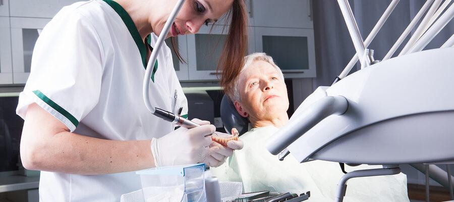 Caregiver in Cupertino CA: Senior Dental Health