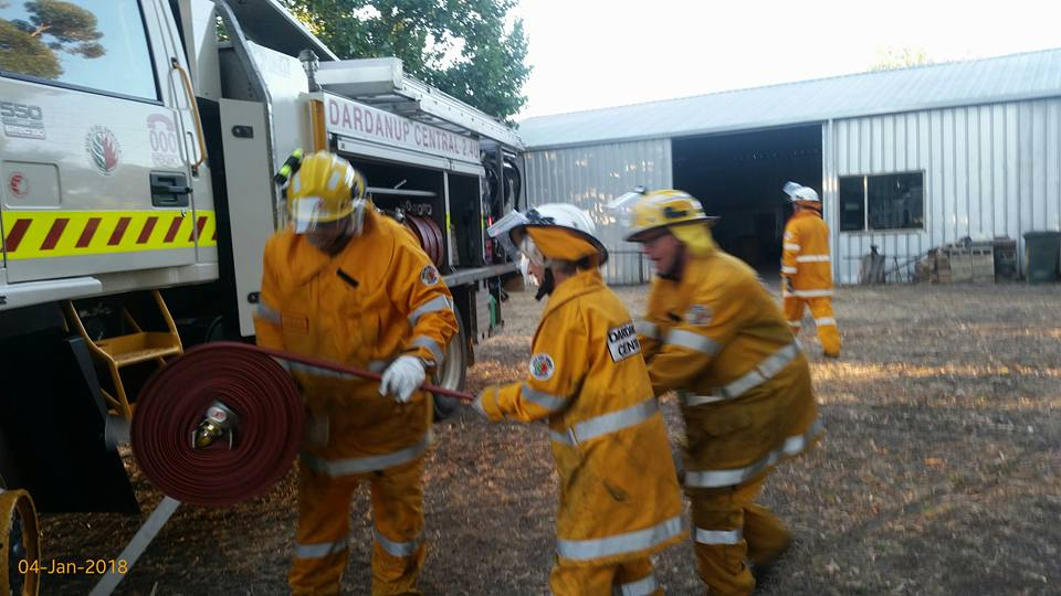 Dardanup Central VBFB and Wellington Mills VBFB training. Photo courtesy Dardanup Central VBFB (Facebook)