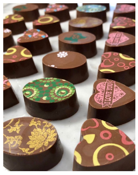 more magnetic chocolates