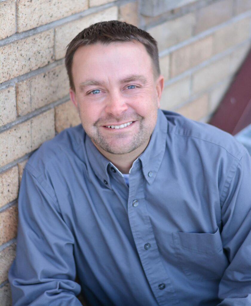 Klamath Water Users Association Fish Biologist, Mark Johnson