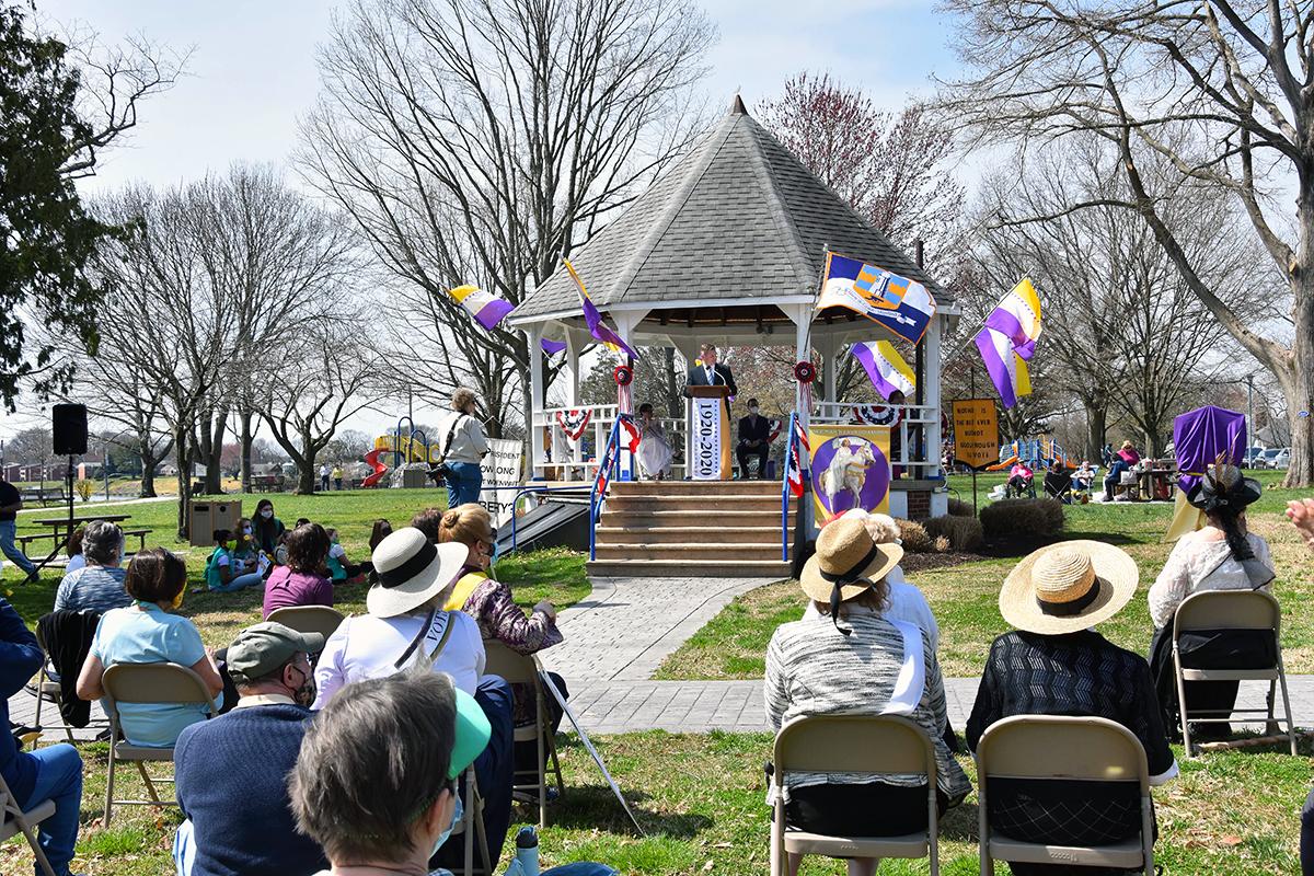 Mayor Martin opens the celebration at the gazebo