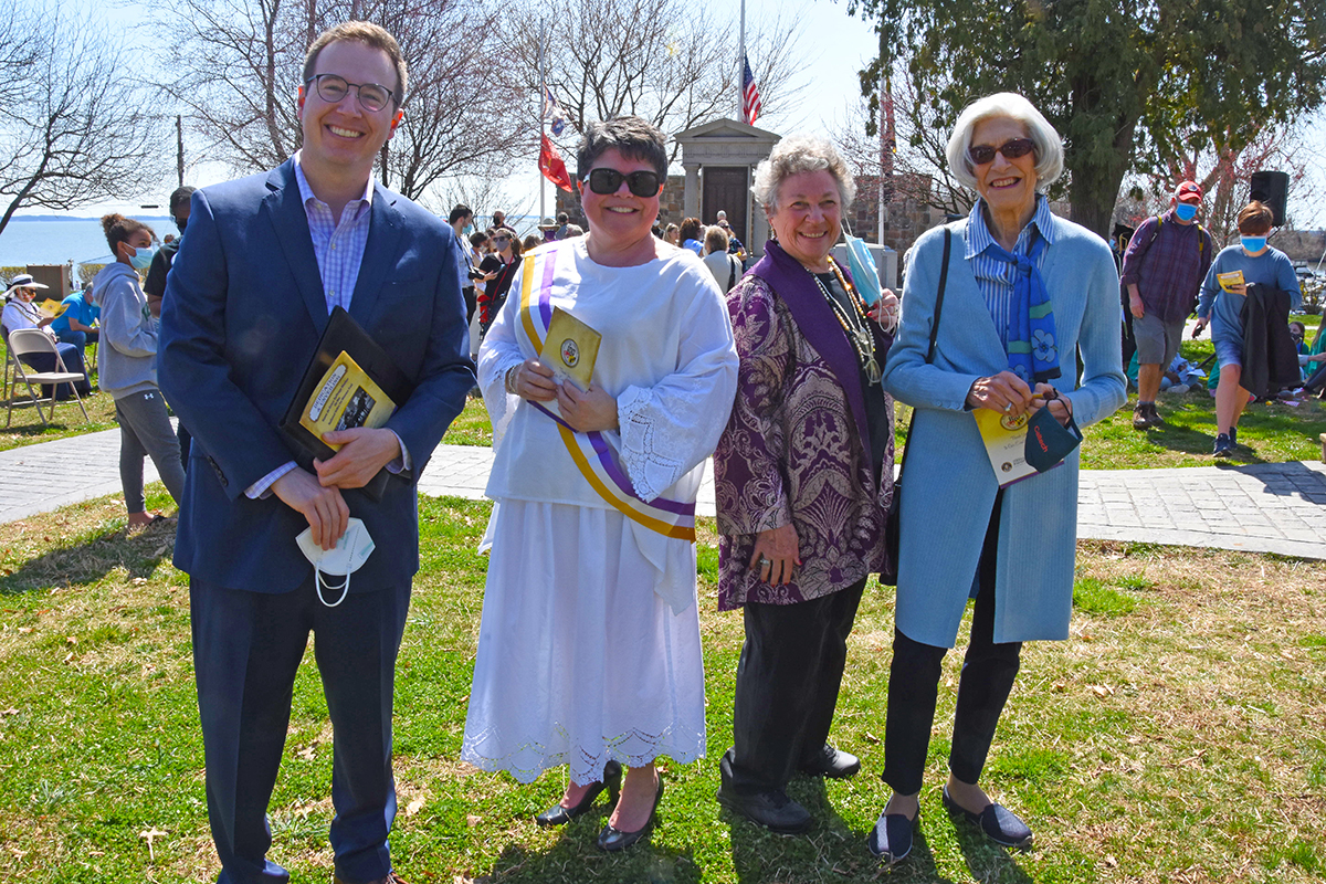 Steve Bodnar (William G. Pomeroy Foundation), Amy Rosenkrans, Diana Bailey and Pam Young (Maryland Women's Heritage Center)