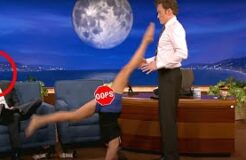 BEST FUNNY DIRTY FLIRTY FEMALE MOMENTS IN TALK SHOW