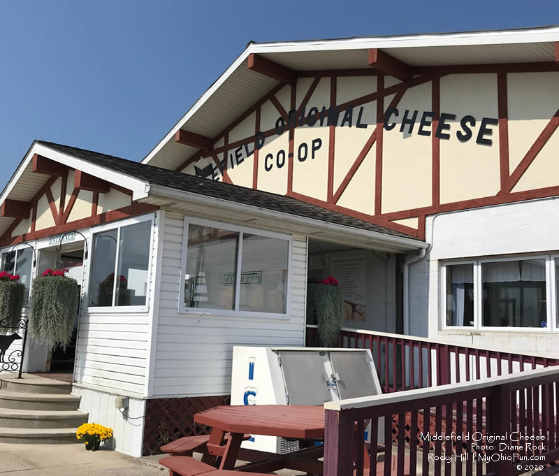 Middlefield Original Cheese Co-op