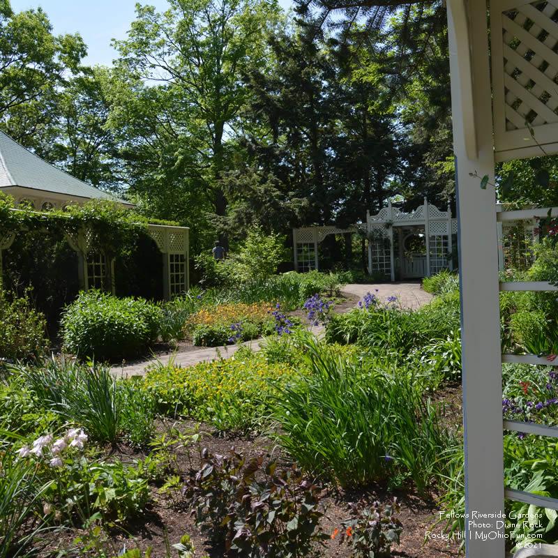 Perennial Garden - Fellows Riverside Gardens