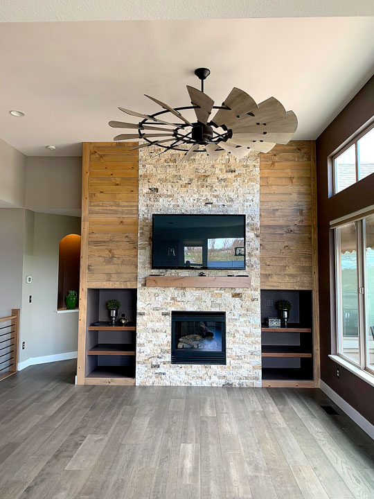living room fireplace full