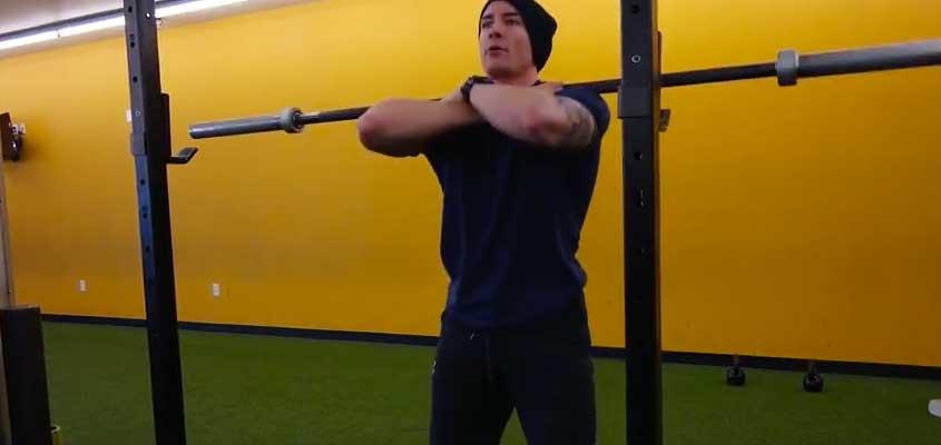 Cross Arm Front Squat Grip