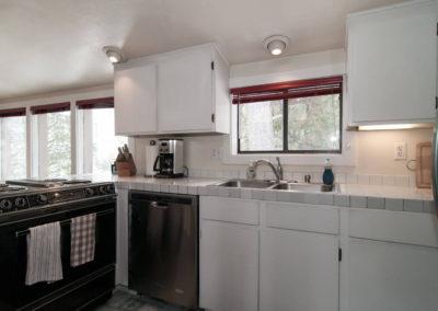 GC1 - Kitchen - view 1