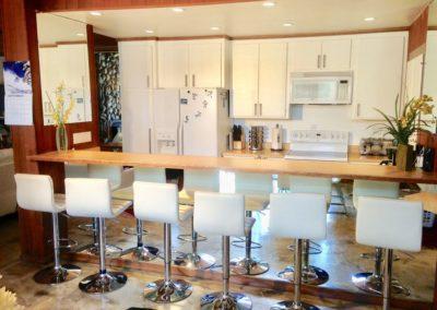 1222S - Kitchen & Bar Counter