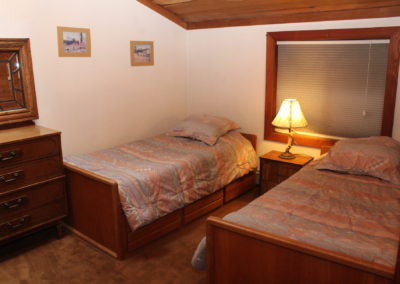 BR #4: 2 Twin Beds