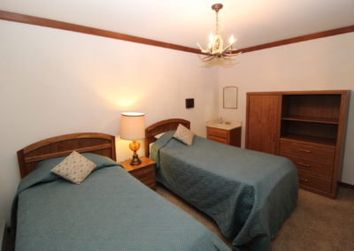 BR #5: 2 Twin Beds