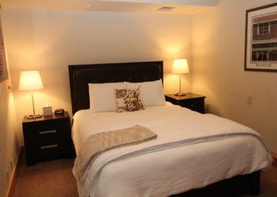 BR 5 - Queen Bed