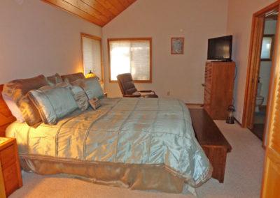 13 BR 1 - Master Suite - King Bed