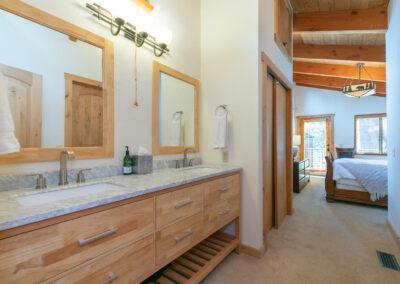 Bedroom 1 - double sinks