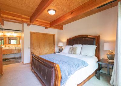 Bedroom 3 - ensuite bath