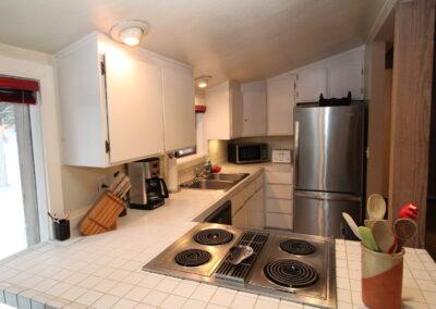 Kitchen - view b