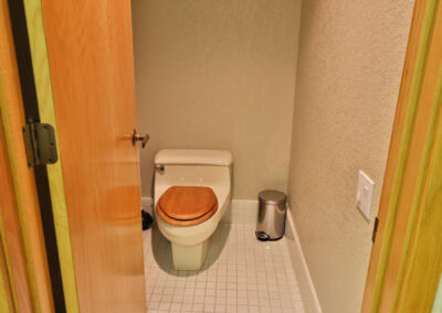 12 Toilet in privacy stall