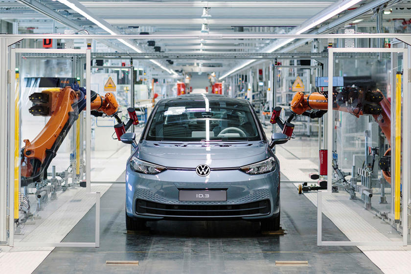 Volkswagen Uses Virtual Reality Technology to Build an Electric Car
