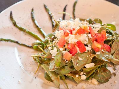 food photography asparagus salad