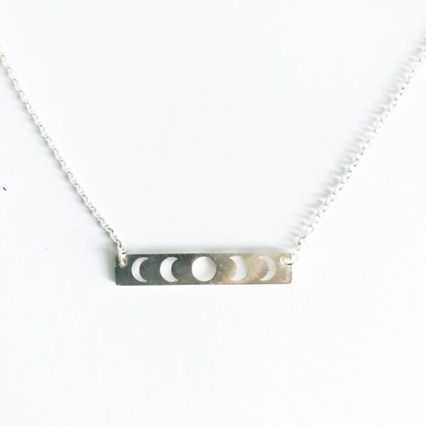 Moon Phase Necklace in Silver