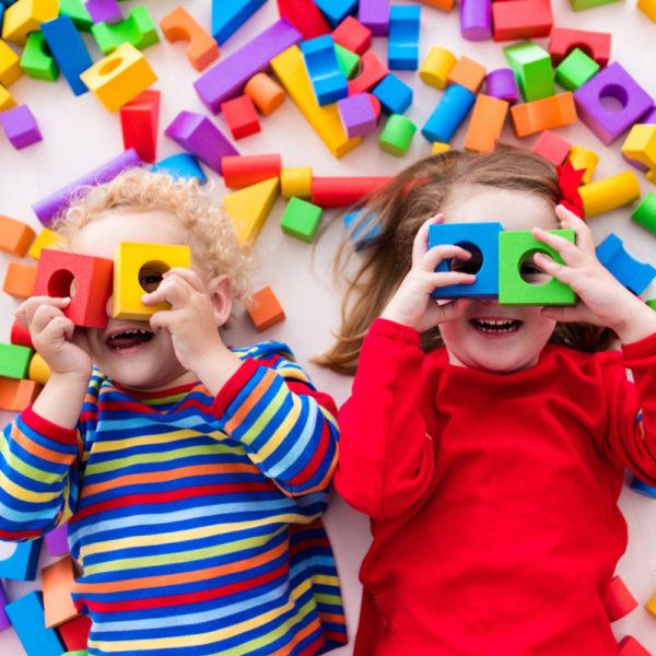 a1cd4a4853d4b7bddb074086c1661df63ba9e3dc_children-with-building-blocks