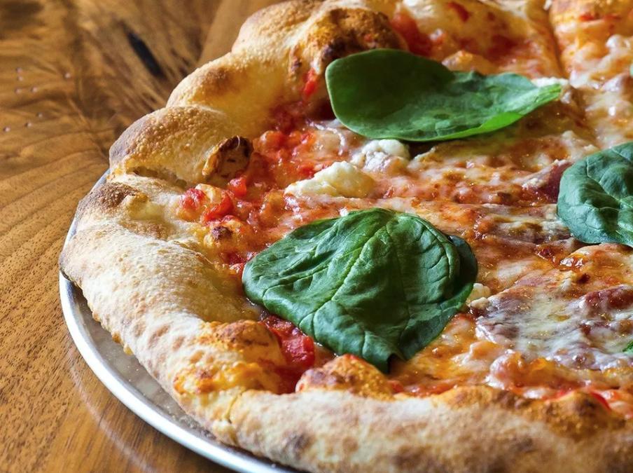 Restaurant Franchises: Smokin' Oak Wood-Fired Pizza