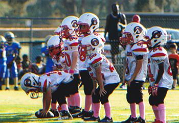 Pee wee football players