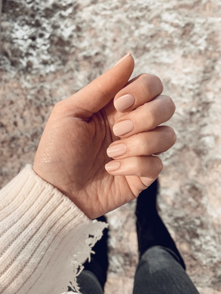 How to Cure Dry Winter Nails