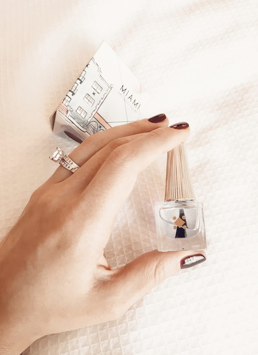 How to Cure Dry Winter Nails Cuticle Oil