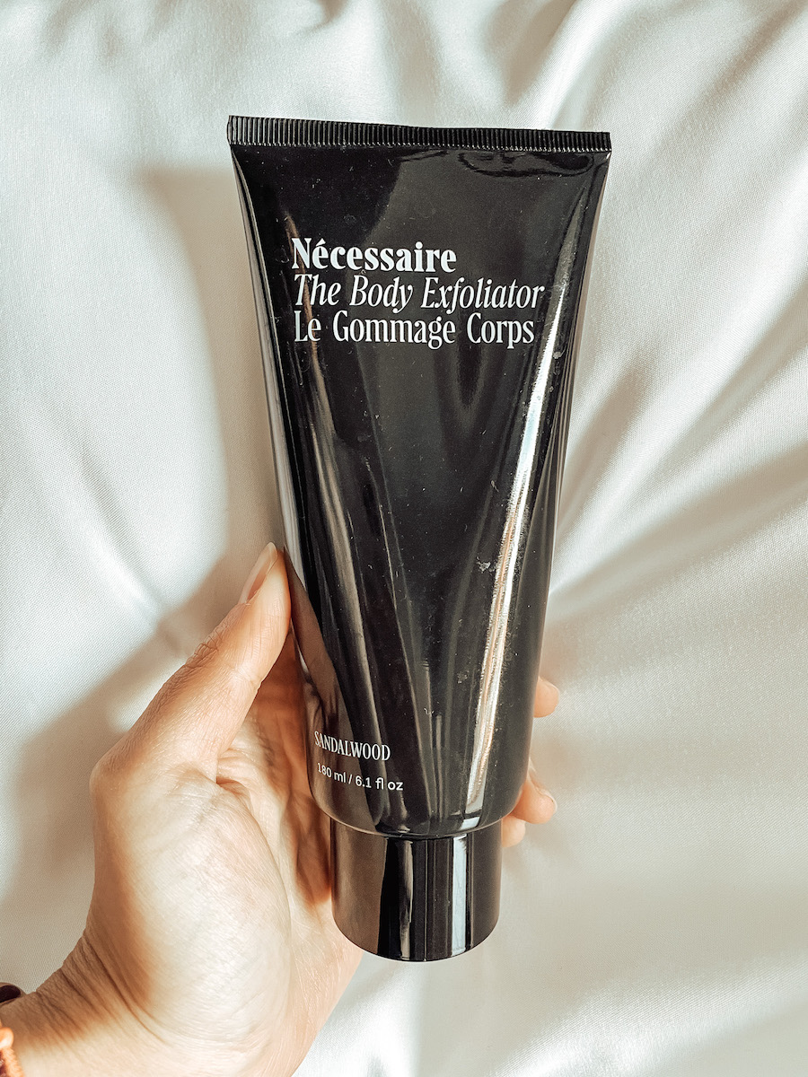 Necessaire Review Body Scrub